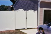 6' Newport w/arched gate